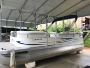 Used 2008 Bennington Sedona L21 Power Boat for sale