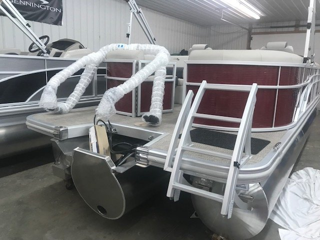A 22SSRXPDI  Tritoon is a Power and could be classed as a Pontoon,  or, just an overall Great Boat!
