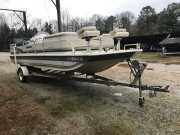 Pre-Owned 2002 Hurricane for sale