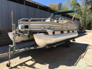 Pre-Owned 1993 Suntracker 20 Ft Pontoon for sale