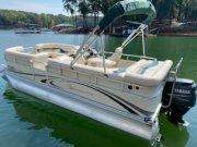 Pre-Owned 2006 Bennington 2050 RL Power Boat for sale