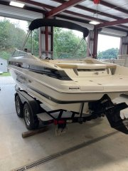 Used 2005 Larson 23 Power Boat for sale